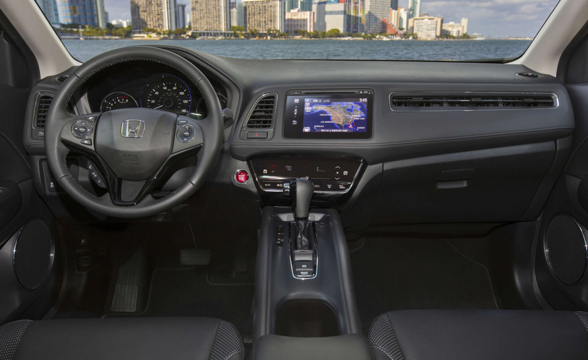 The infotainment system offers clear and helpful graphics. A right-turn camera gives a clear view of what´s going on in the next lane. But the seats were uncomfortable.