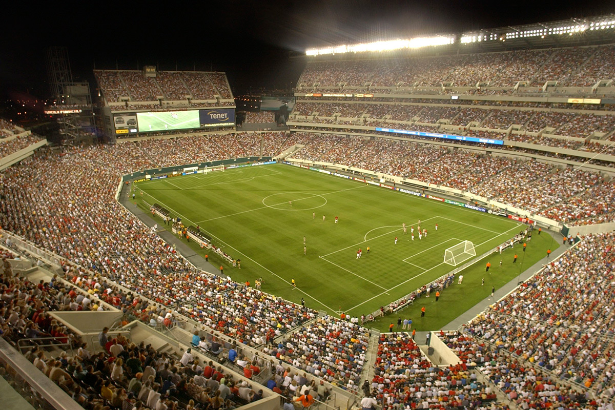 Lincoln Financial Field was christened in 2003 with a soccer game between Manchester United and Barcelona. The event drew a sellout crowd of 68,396.