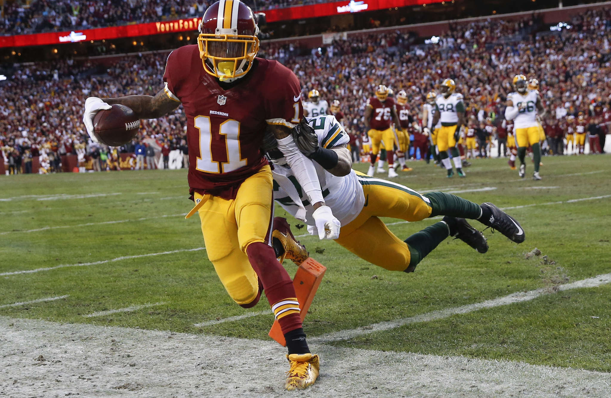 DeSean Jackson was denied TD when it was ruled ball did not cross plane of end zone. ASSOCIATED PRESS