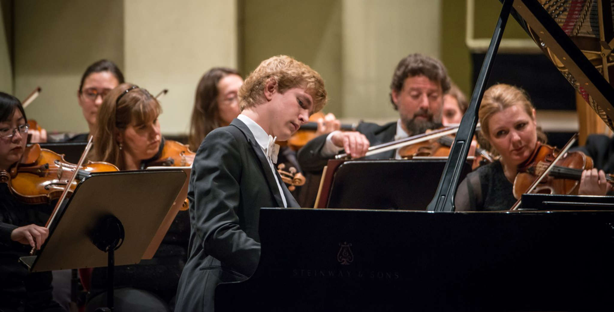 "Jan Lisiecki played Beethoven´s ""Piano Concerto No. 4"" with the Philadelphia Orchestra in an inconsistent performance."