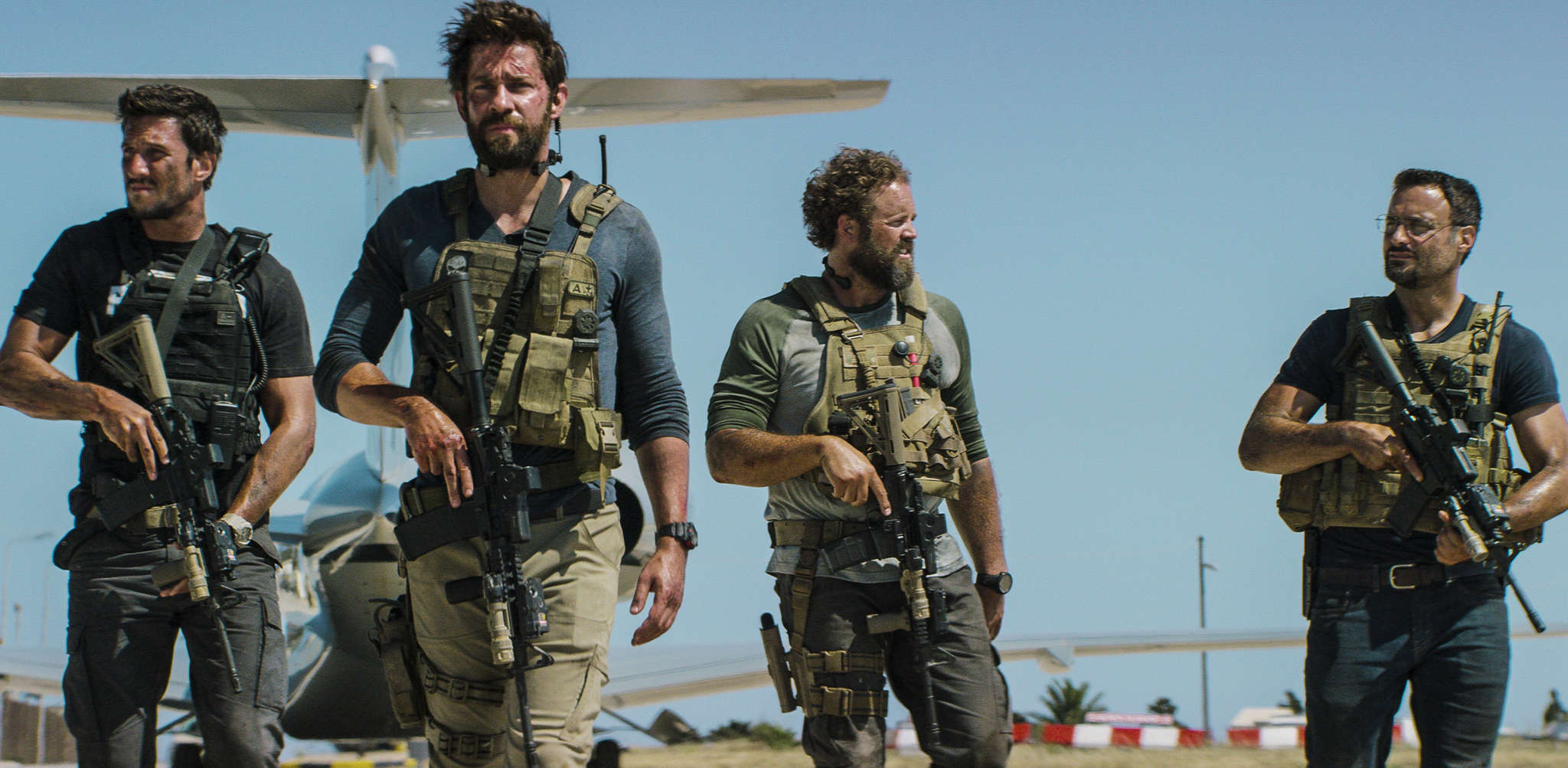 "Shadow warriors: (from left) Pablo Schreiber, John Krasinski, David Denman, and Dominic Fumusa in Michael Bay´s ""13 Hours: The Secret Soldiers of Benghazi."""