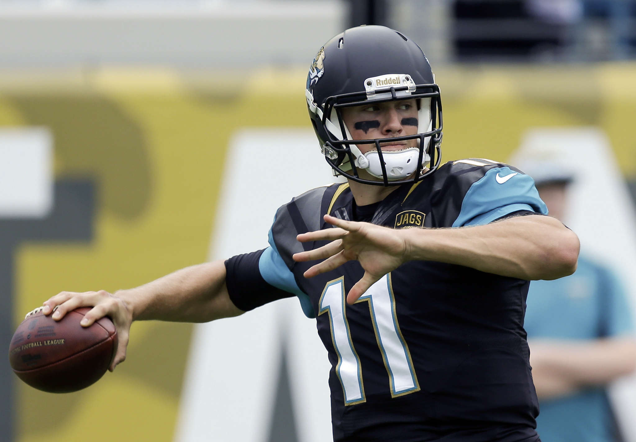 Blaine Gabbert was thrown into the fire as a Jaguars rookie, and had a rough season. ASSOCIATED PRESS