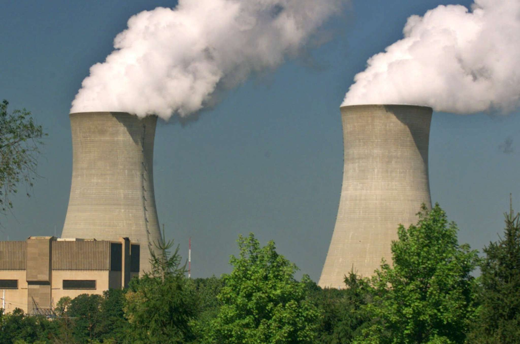 Electrical glitch causes Limerick Unit 2 to shut down Philly