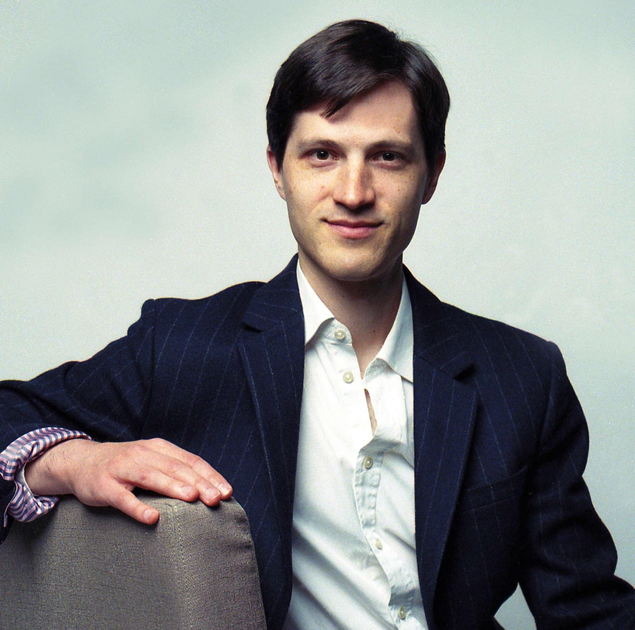 Michael Djupstrom, piano.