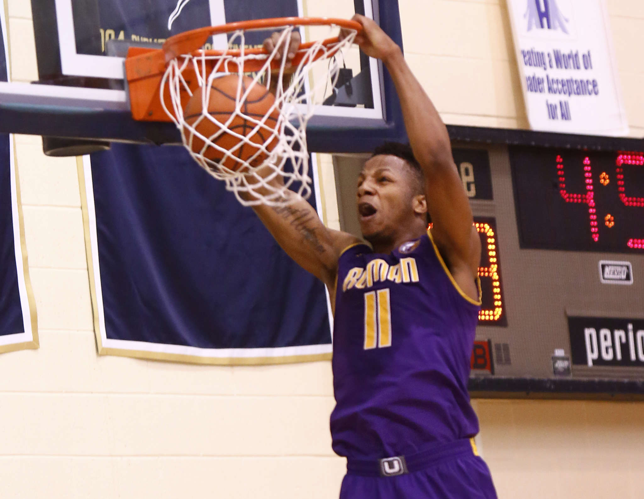 Roman Catholic´s Lamar Stevens and his teammates will take on the Dragons of Allderdice.