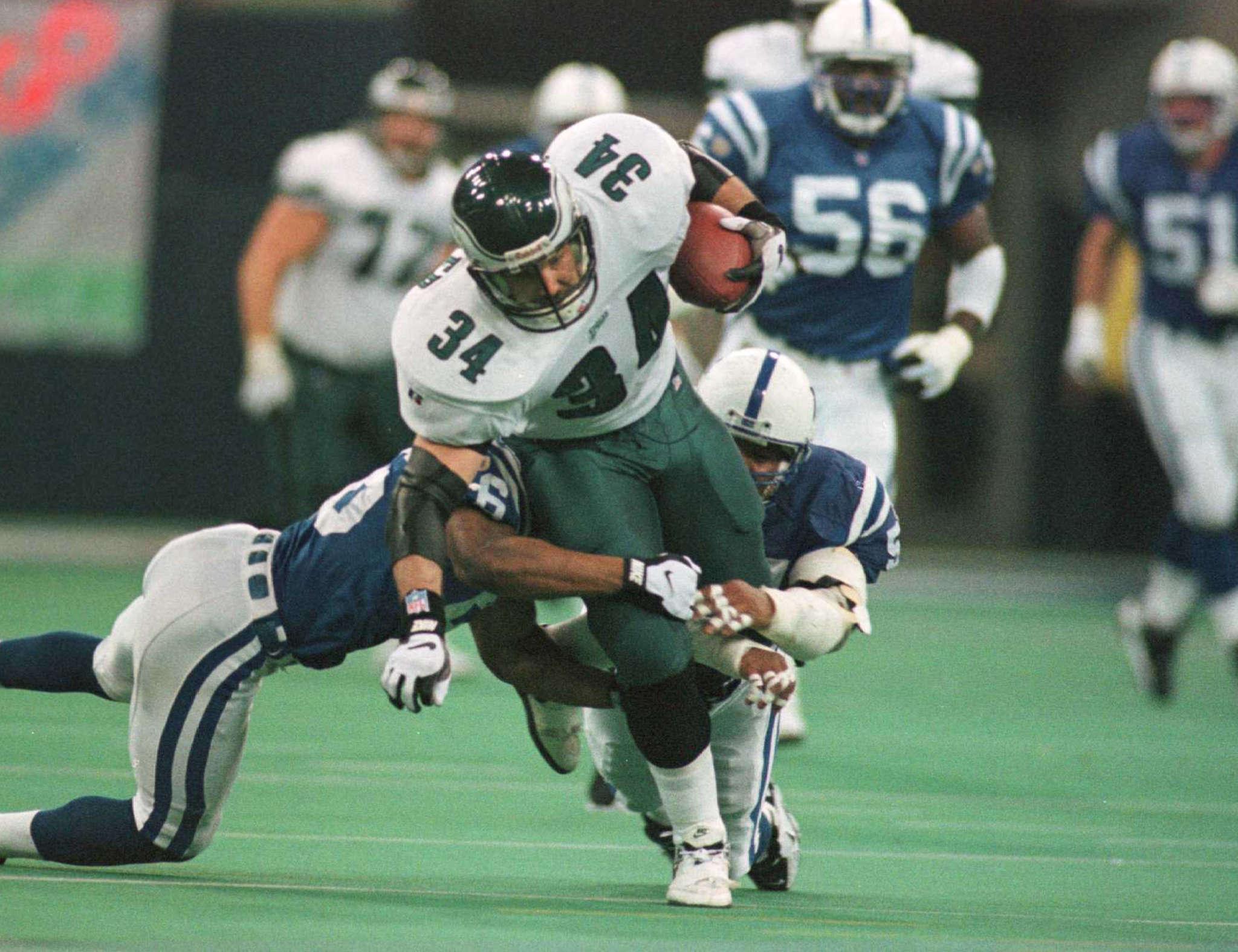 Former Eagles fullback Kevin Turner in game against Colts inDecember of 1996. File photo