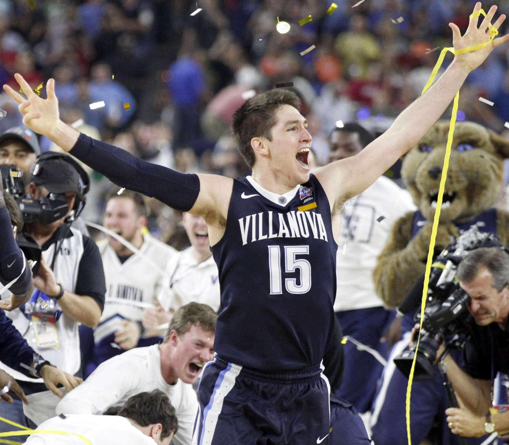 Villanova´s Ryan Arcidiacono passed to Kris Jenkins for the winning, last-second shot against North Carolina.