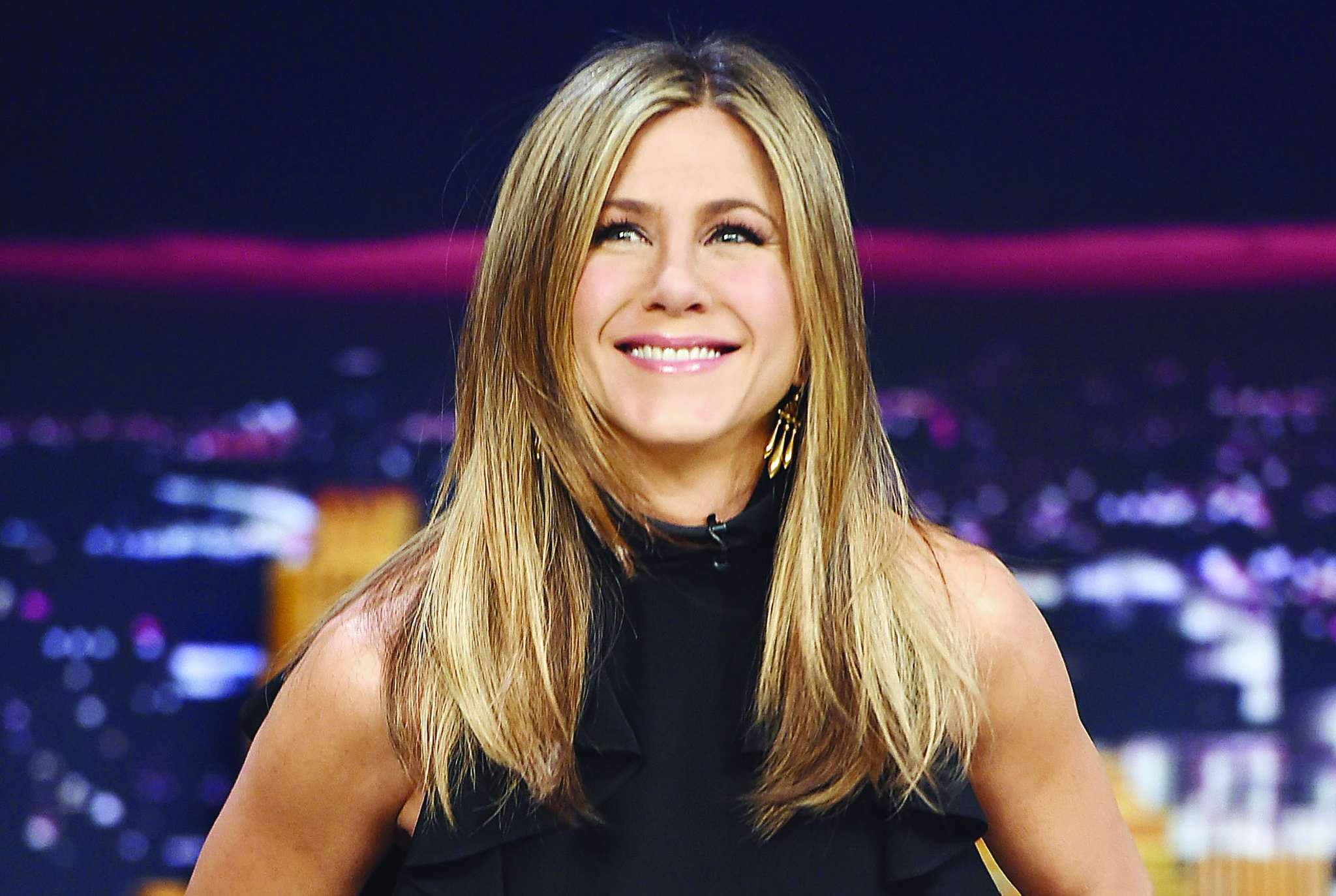 "Jennifer Aniston, People´s most beautiful. ""We´ve got to really be mindful of what we put inside our bodies, and how we sleep."""