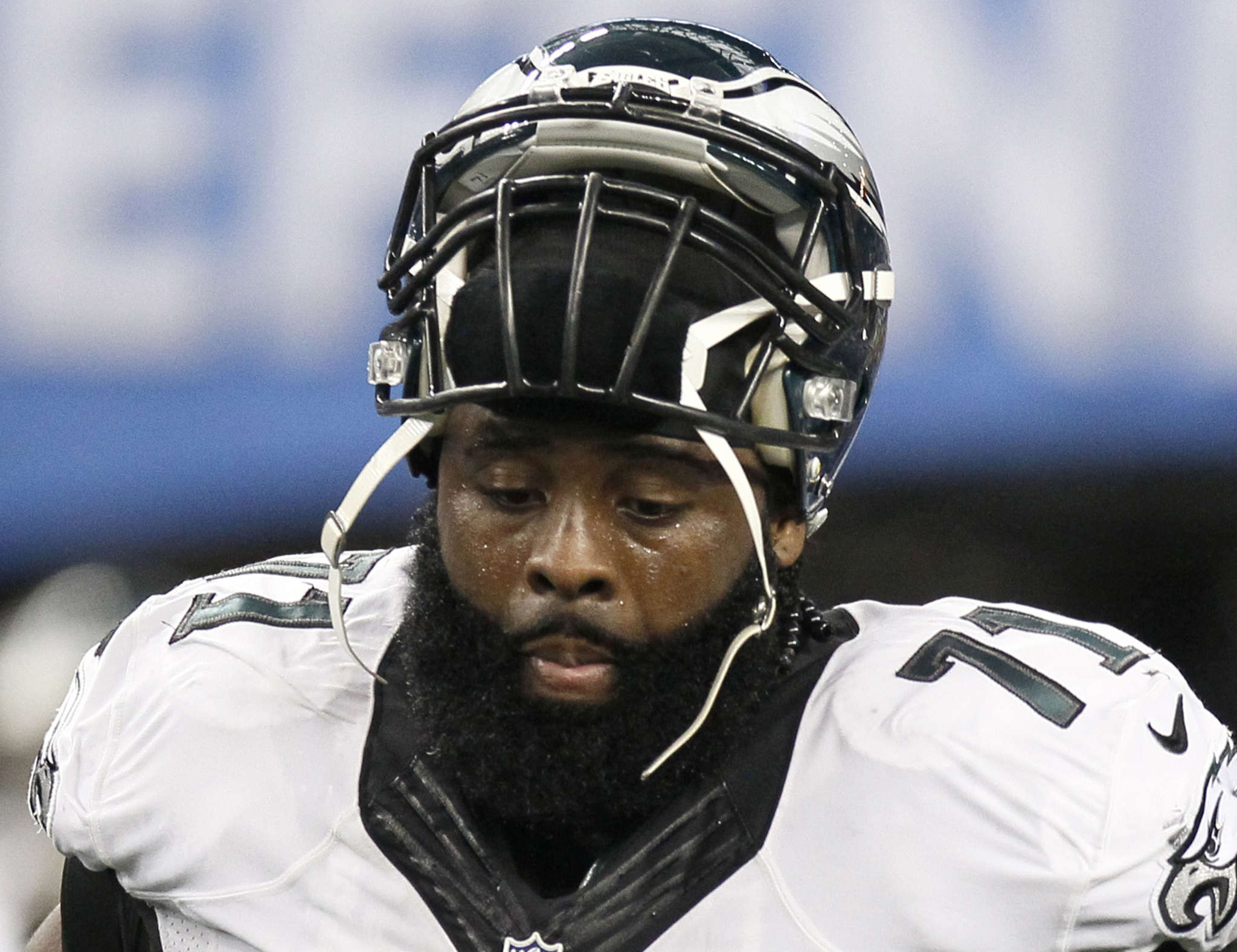 The Eagles seem to believe Jason Peters´ declining play last season was the result of injuries. Associated Press