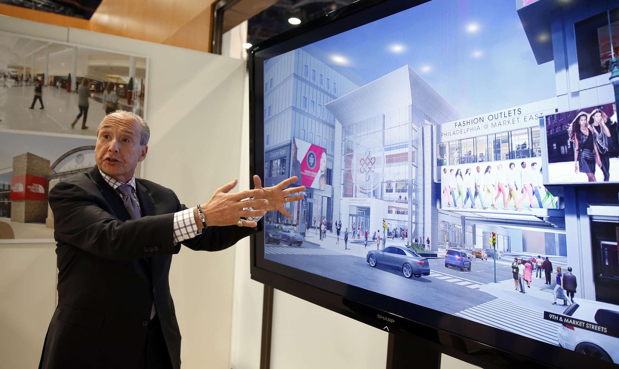 PREIT chief executive officer Joseph Coradino making a presentation at ReCon, a three-day gathering that drew more than 35,000 to Las Vegas.
