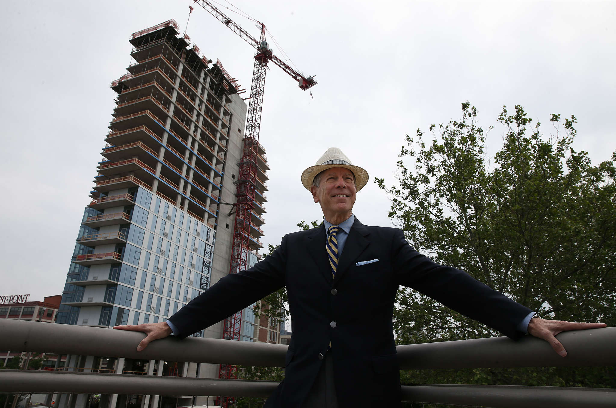 "Carl Dranoff will mark the ""topping off"" of his 22-story One Riverside condos with an eighth-floor party Wednesday."