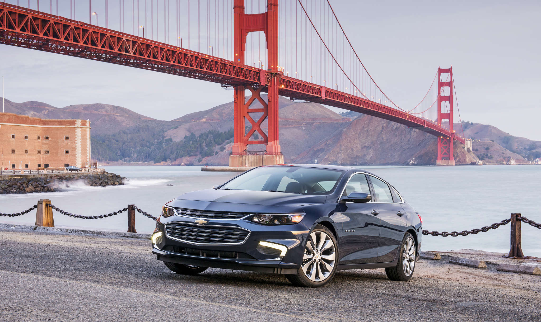 The Malibu, after a stem-to-stern overhaul , is hard to distinguish from revamped big brother Impala - and that´s a good thing.
