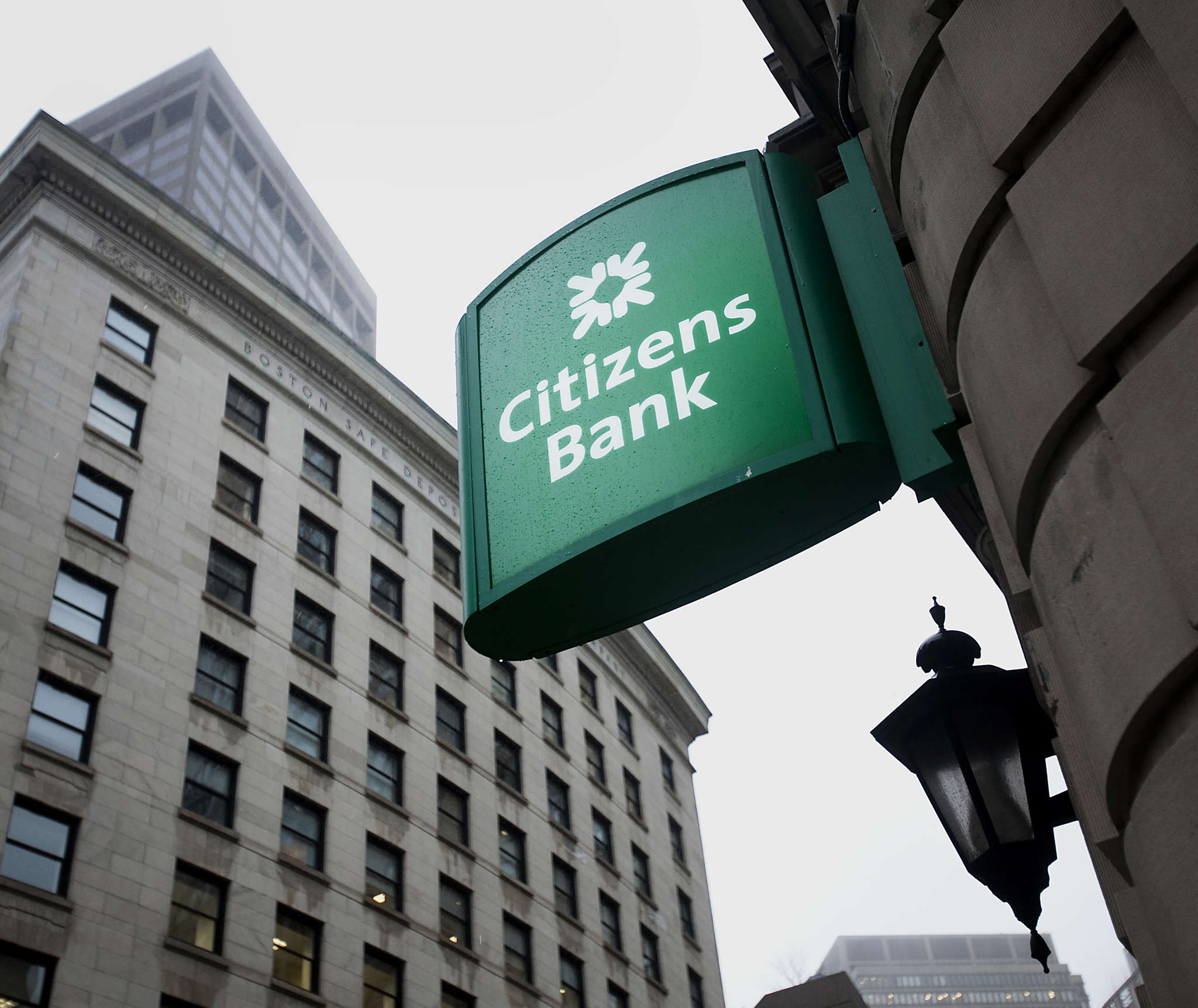 Citizens Financial Group, with this branch in Boston, is the nation´s 12th-largest bank.