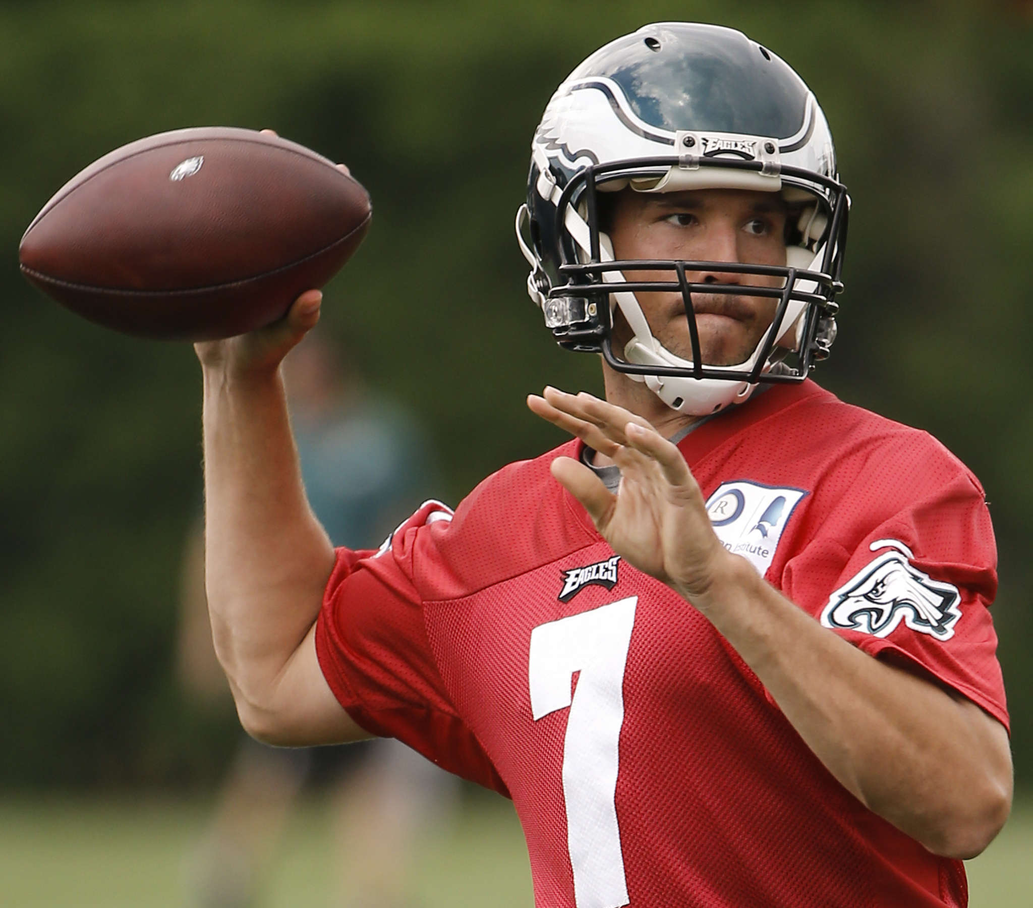 Sam Bradford knows his lot in life is likely not to include a long-term deal with the Eagles, but he´s still working hard for them.