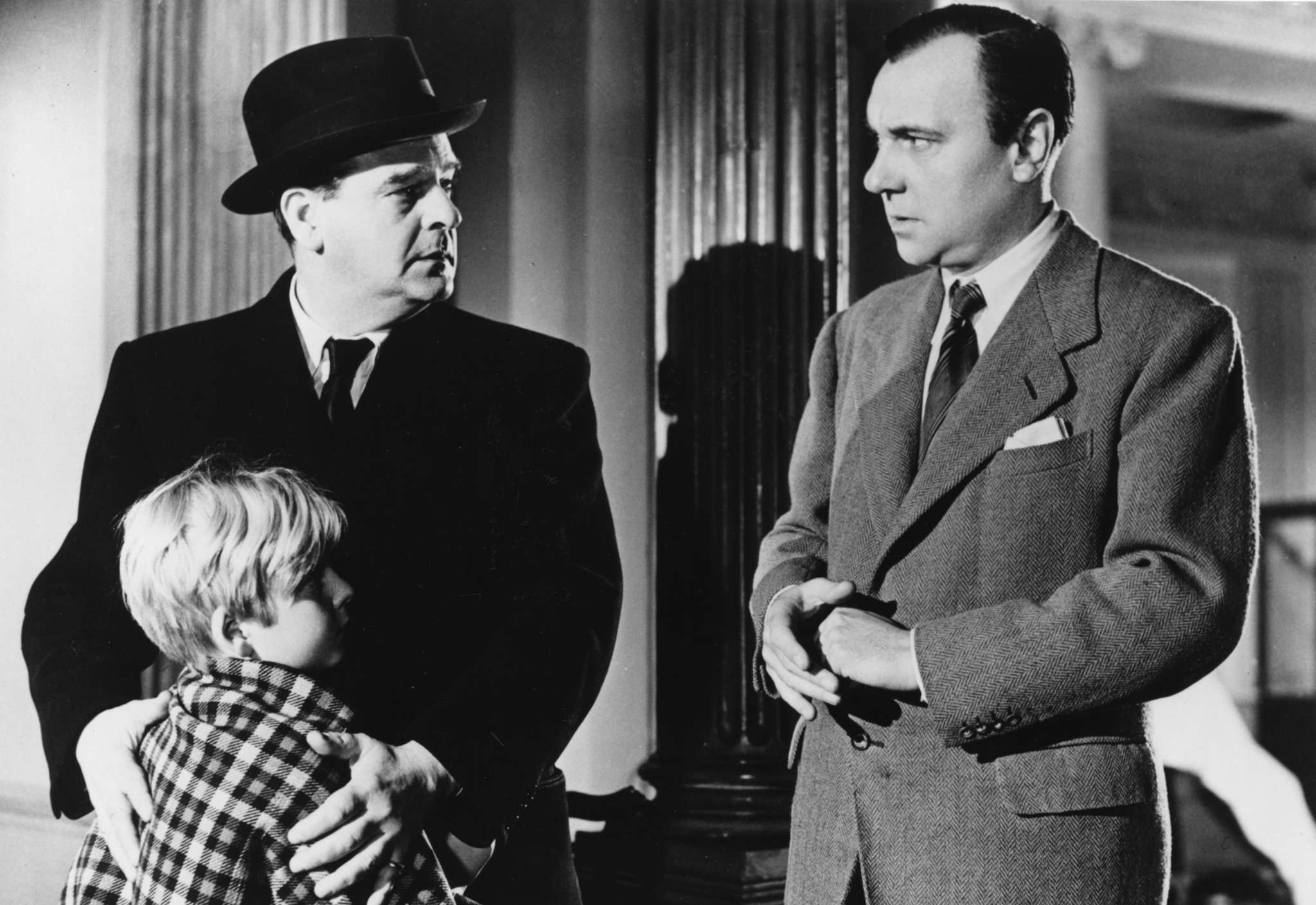 """Masterful gem: Carol Reed´s 1948 """"The Fallen Idol"""" stars (from left) Bobby Henrey as the boy, Walter Fitzgerald, and Ralph Richardson as the butler. Graham Greene wrote the script from one of his own stories."""