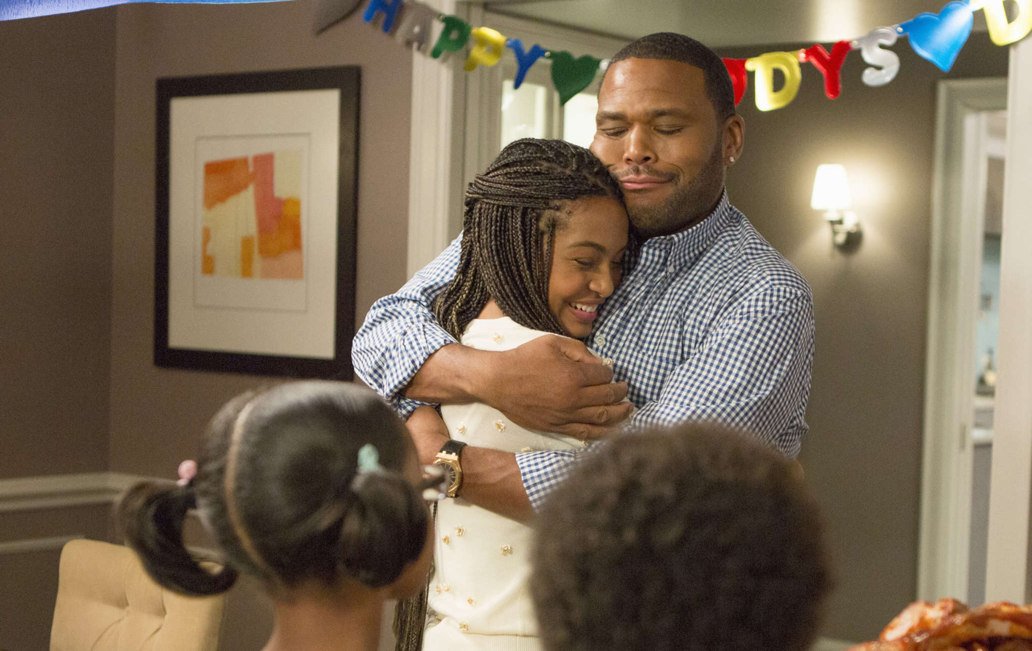 """Anthony Anderson as dad Andre """"Dre"""" Johnson , with Yara Shahidi as daughter Zoey, on ´s """"Blackish."""" Dre may be goofy and put-upon, but his genuine concern for his children´s development resonates. ABC"""