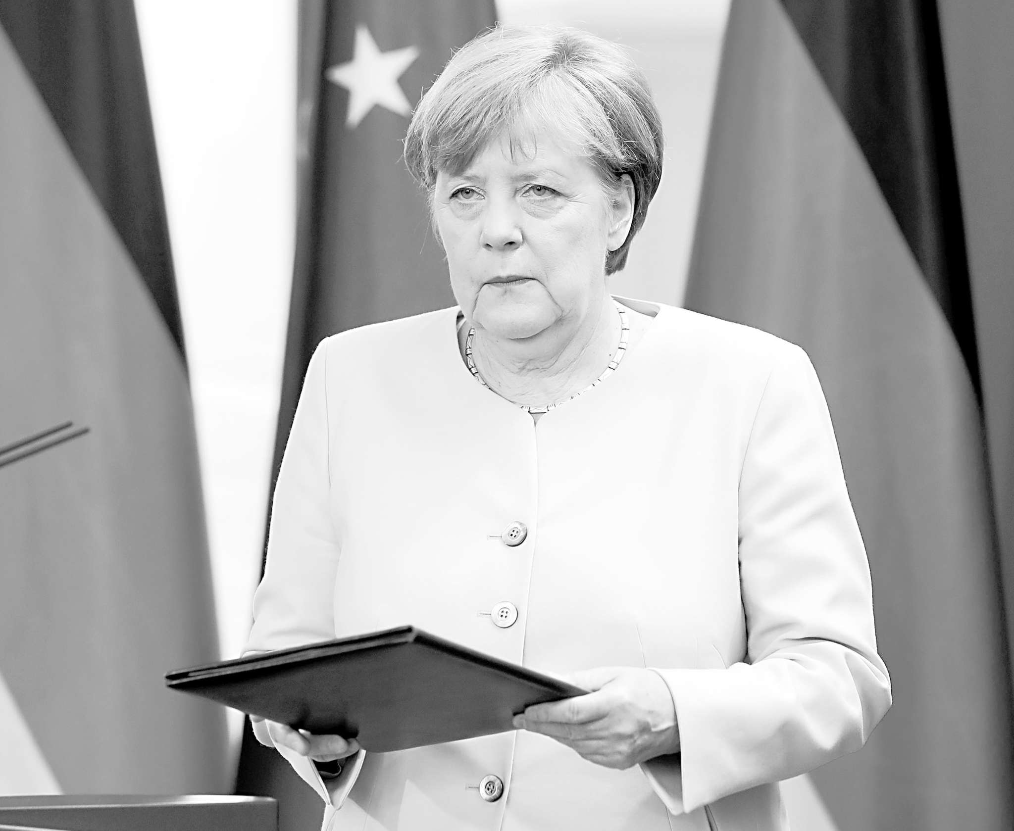 German Chancellor Angela Merkel said Brexit opponents need to stay composed.