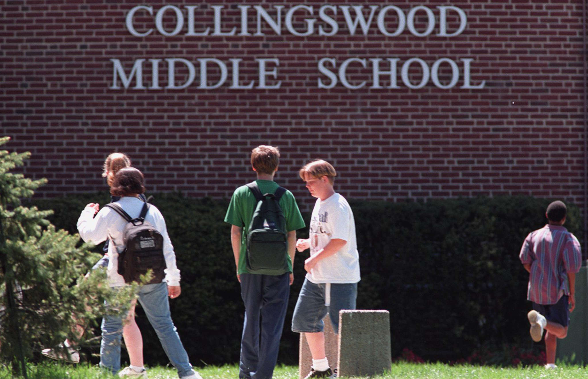 A 911 mandate has parents of Collingswood School District students upset.