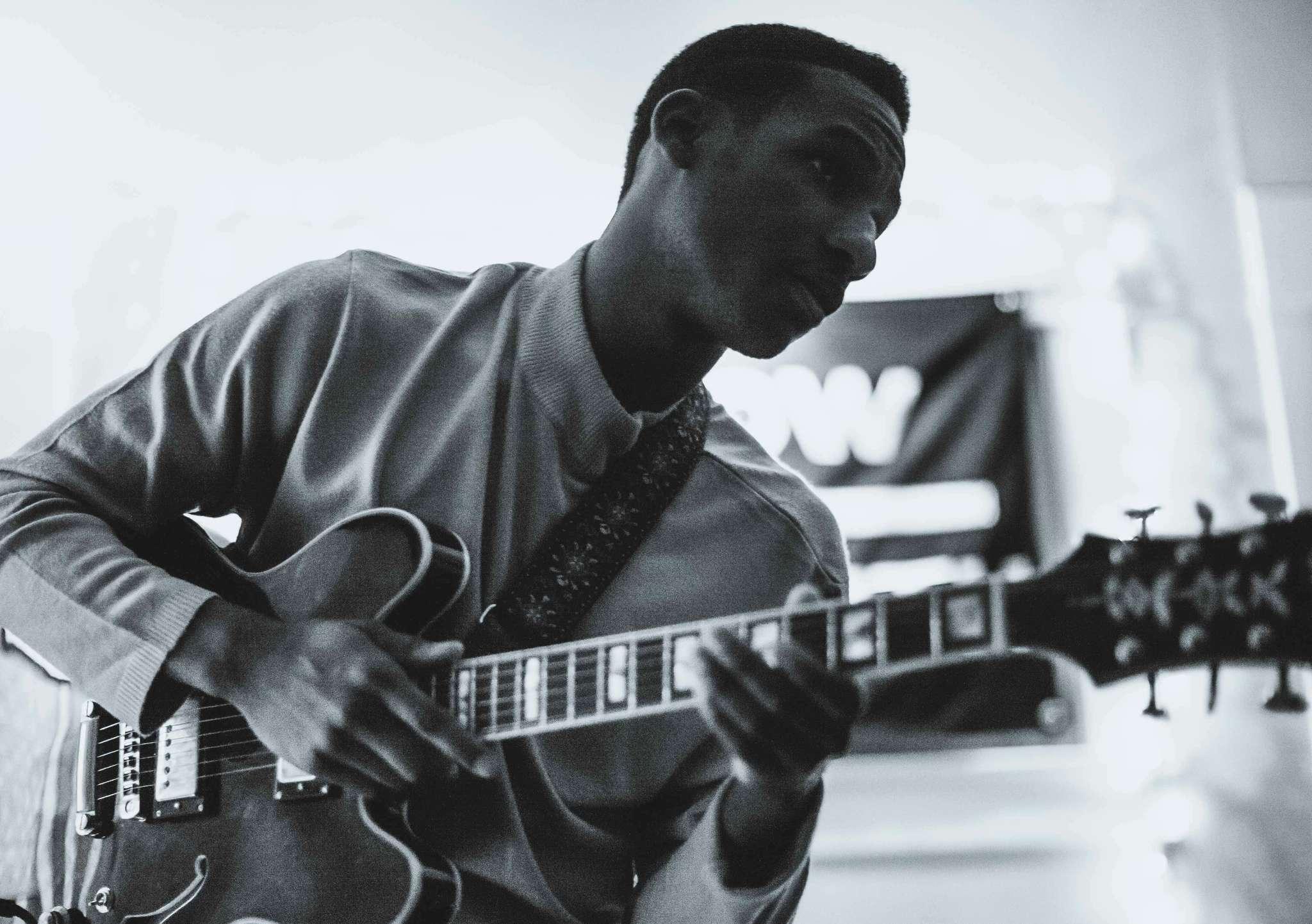 Retro-R&B singer Leon Bridges.