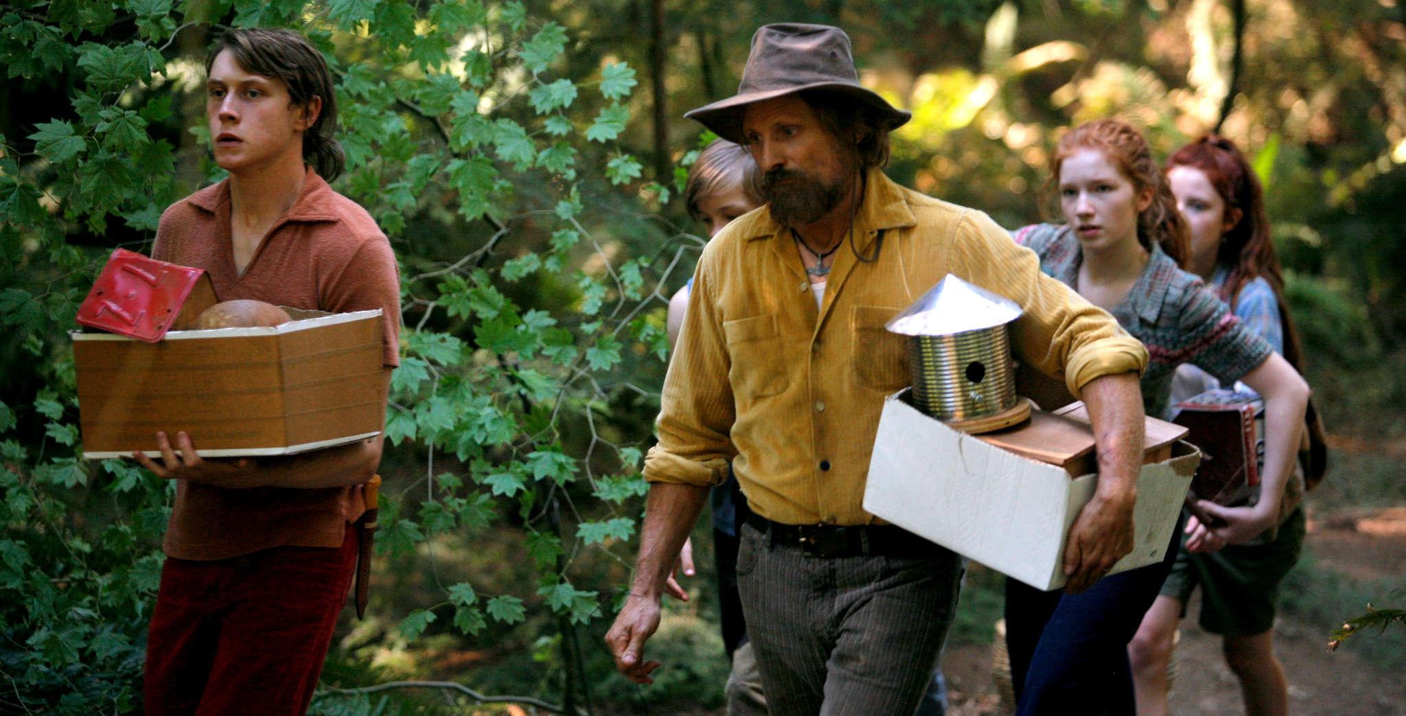 """Viggo Mortensen and clan in """"Captain Fantastic."""" Bleecker Street"""
