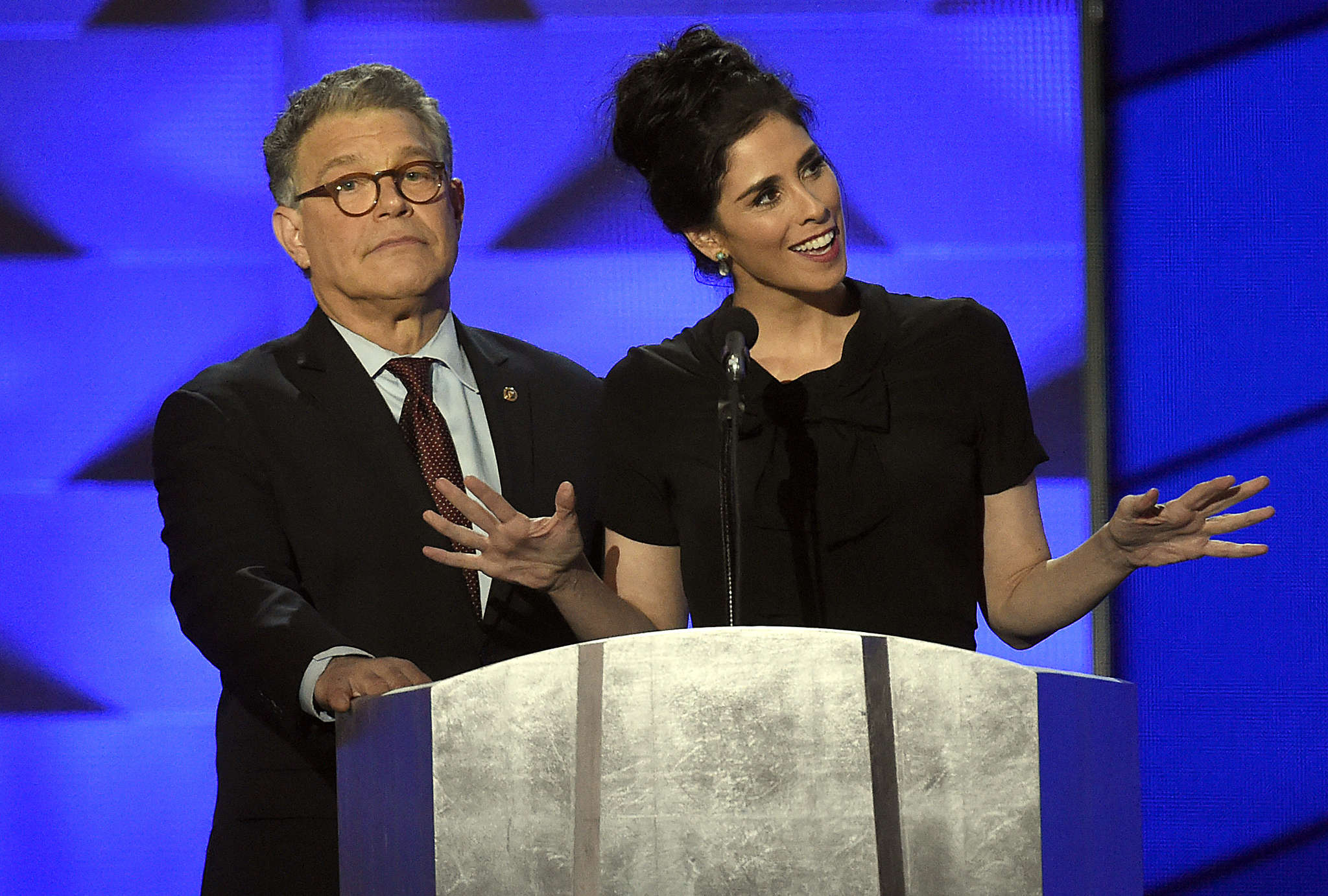 """Minnesota Sen. Al Franken and comedian Sarah Silverman - a Sanders supporter - who told his supporters to back Clinton. """"You´re being ridiculous,"""" she said to holdouts."""