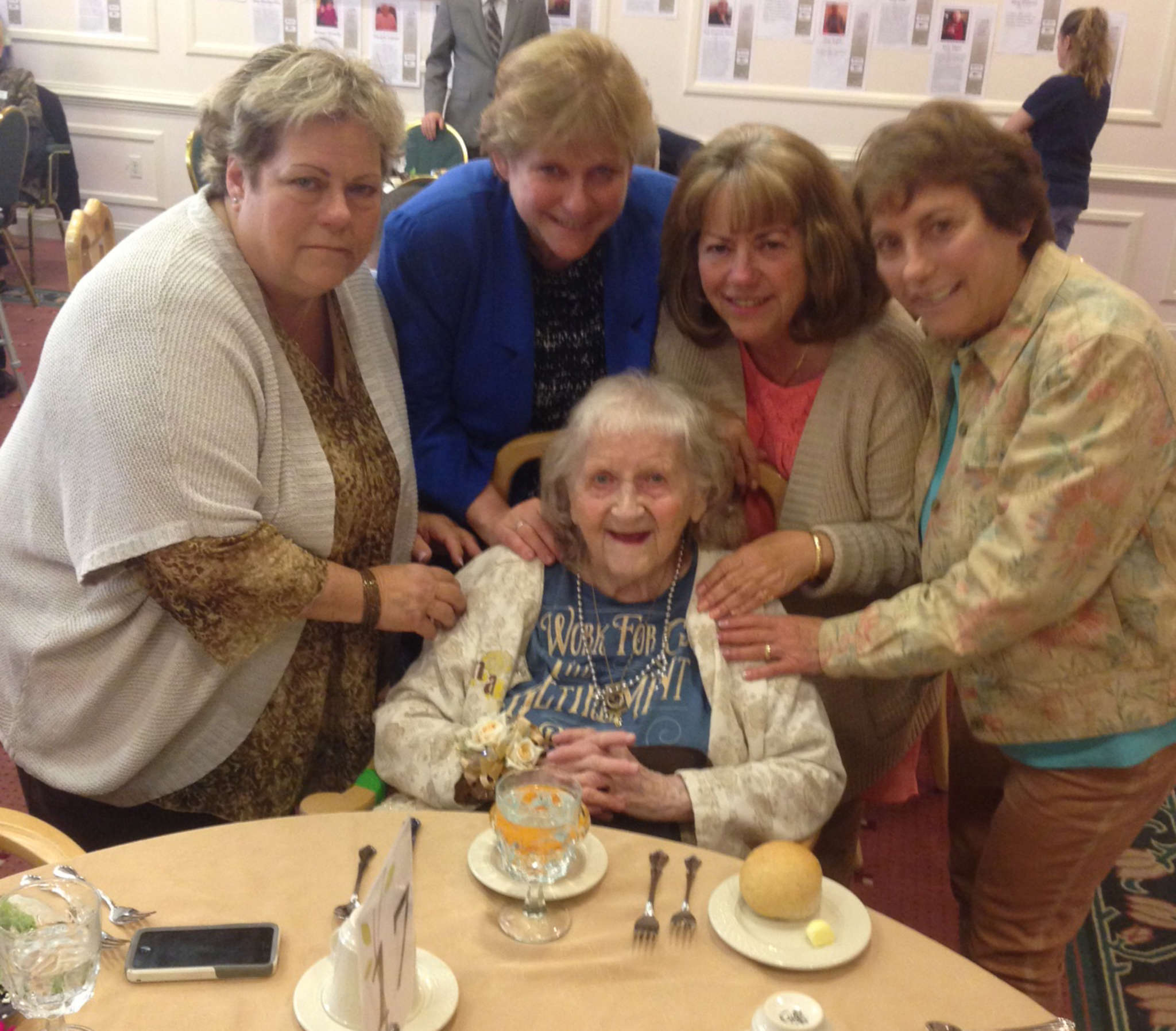 Hatboro´s Edna Massimilla, just turned 100 and still writing songs, is surrounded by daughters (from left) Kathy Tramontana, Alice Cook, Joan Pascucci, and Mary Dunlap.