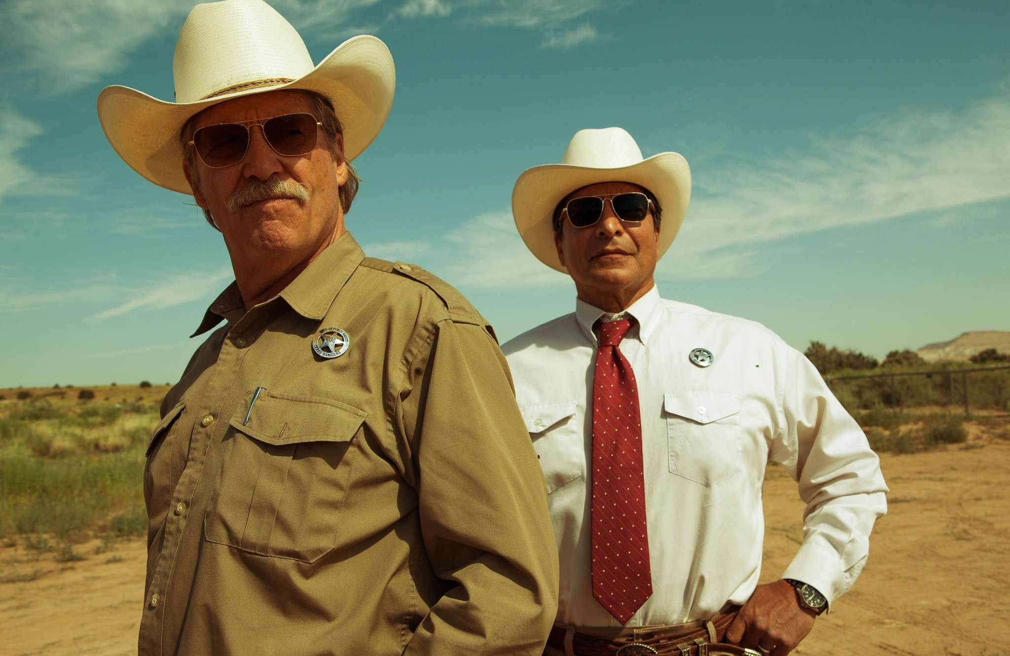 """Hot on the trail: Jeff Bridges (left) and Gil Birmingham are crusty old Texas Rangers after a pair of bank-robbing brothers in the contemporary western """"Hell or High Water."""" LOREY SEBASTIAN / CBS"""
