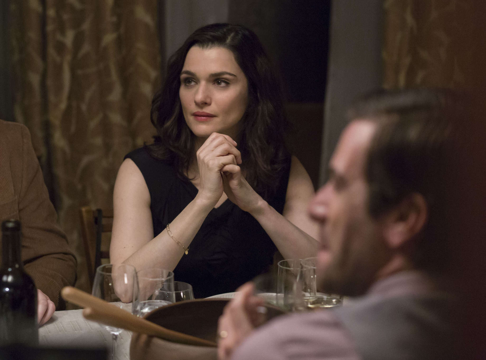 """Rachel Weisz stars as a woman who adopts and drops aliases like a spy in """"Complete Unknown,"""" director Joshua Marston´s romantic melodrama/ enigmatic psychodrama."""