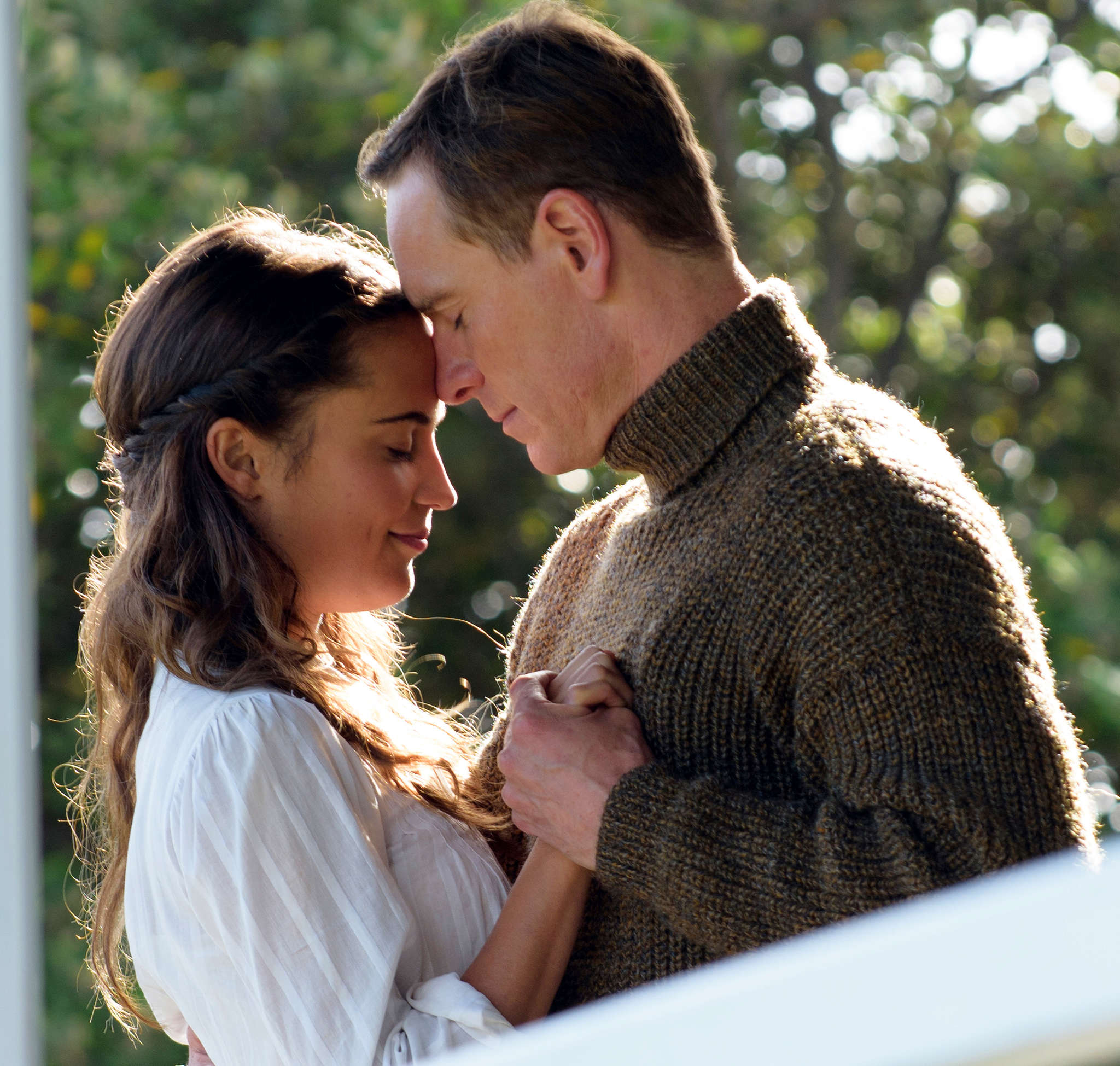 """Alicia Vikander and Michael Fassbender are the finely chiseled, perfectly lighted husband and wife with a secret in """"The Light Between Oceans,"""" adapted from the best-seller by M.L. Stedman."""