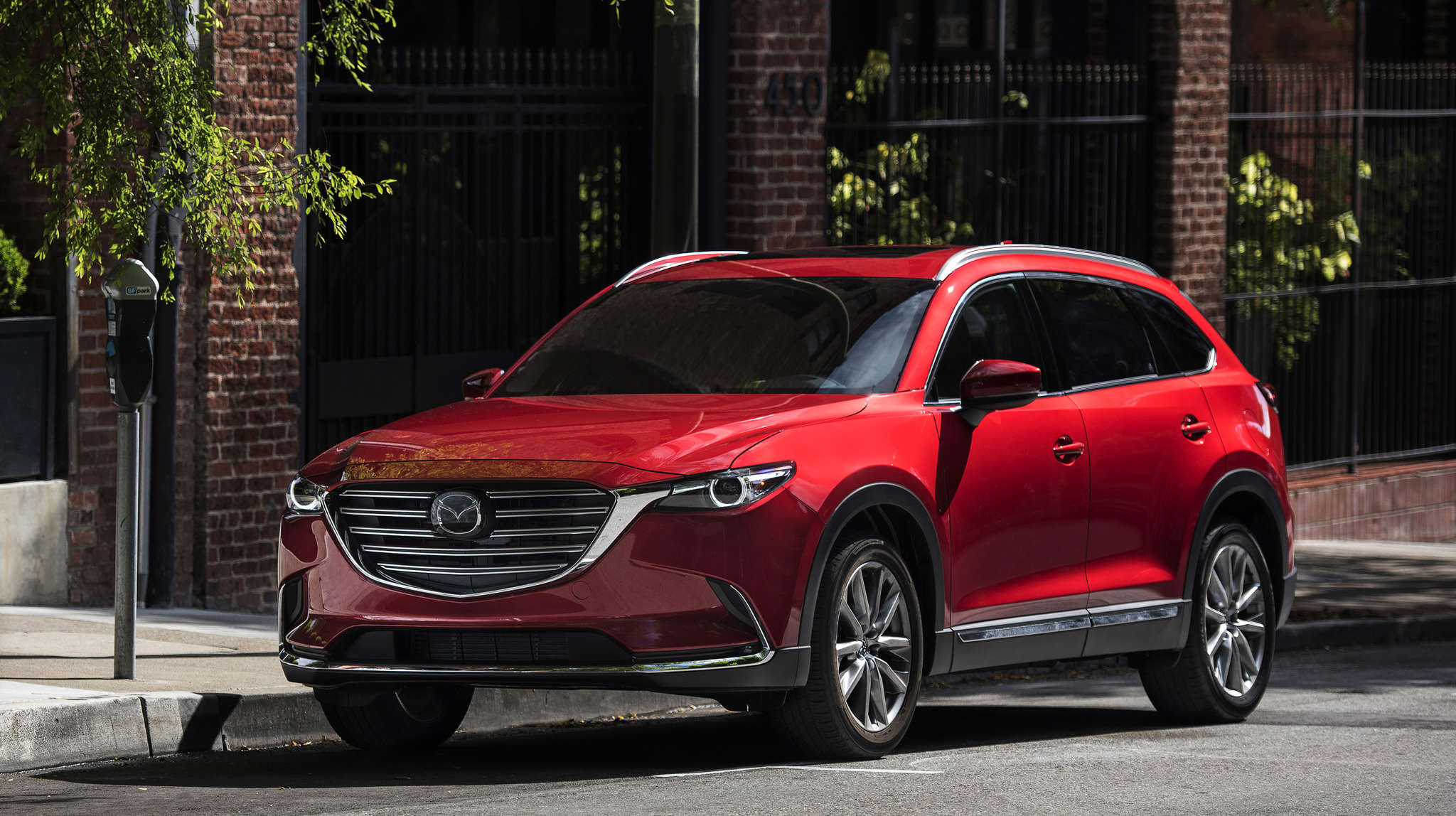 Mazda´s three-row CX-9 is much improved over the 2015 model - including in fuel economy, which had been a weak point.