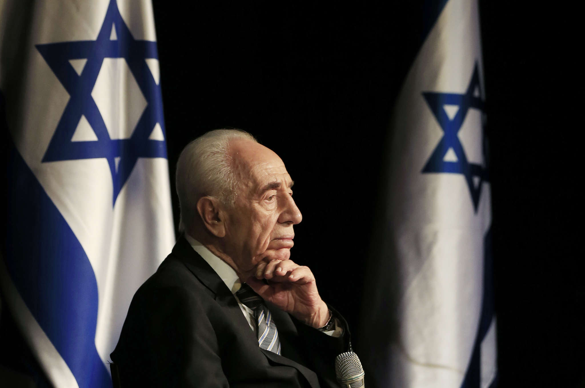 Shimon Peres during a visit to the southern Israeli town of Sderot in 2014. The former prime minister and president died last week after a stroke.