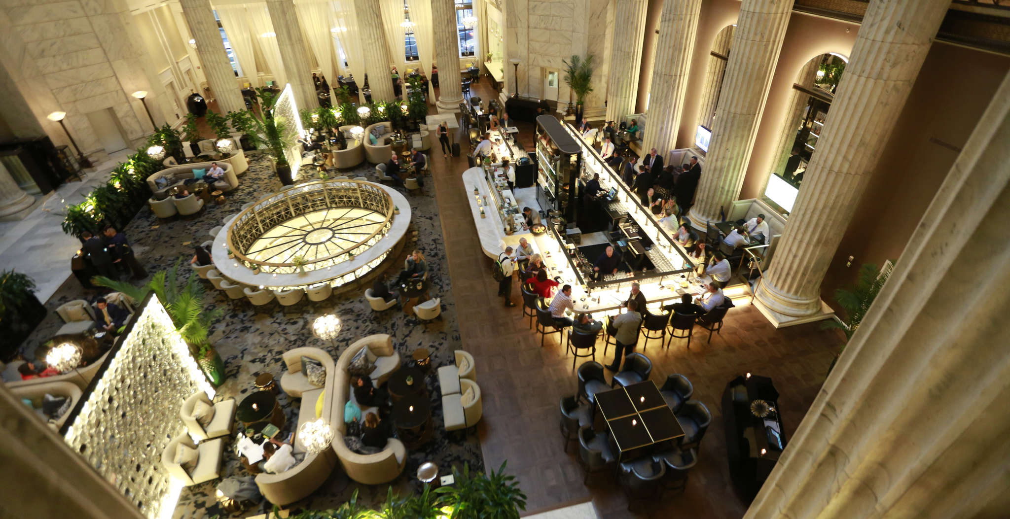 Aqimero sits under the soaring 142-foot dome of the old Girard Bank building that is now the Ritz-Carlton´s lobby.