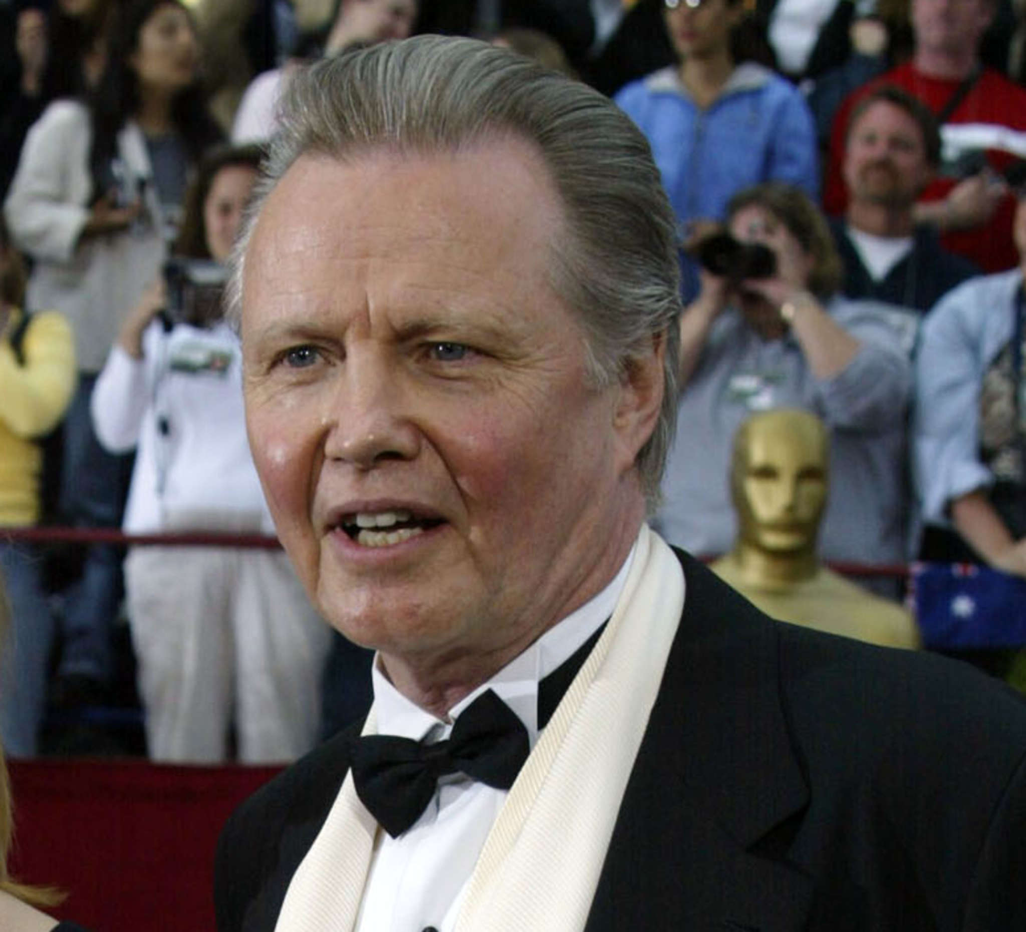 "Jon Voight: The ""Ray Donovan"" star didn´t appreciate De Niro´s stance."