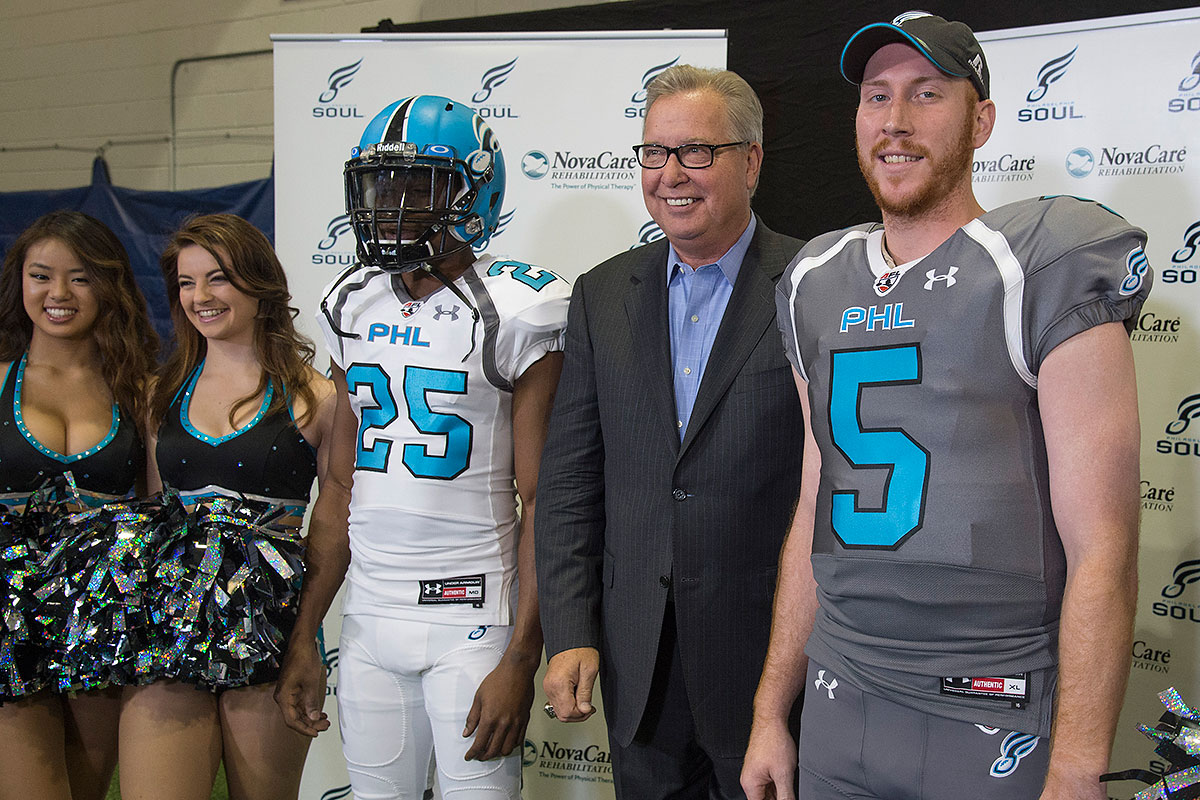 Former Eagles quarterback and ESPN analyst Ron Jaworski (second from right) heads the Soul´s ownership group. The Arena Football League says it plans to play in 2017 with four teams and a reported 12-game regular season.