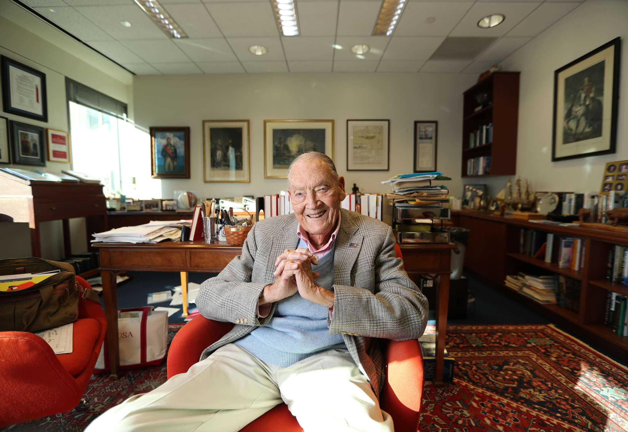 Ex-CEO John Bogle still believes in the power of low fees, starting to invest early, and dispensing with active money managers.