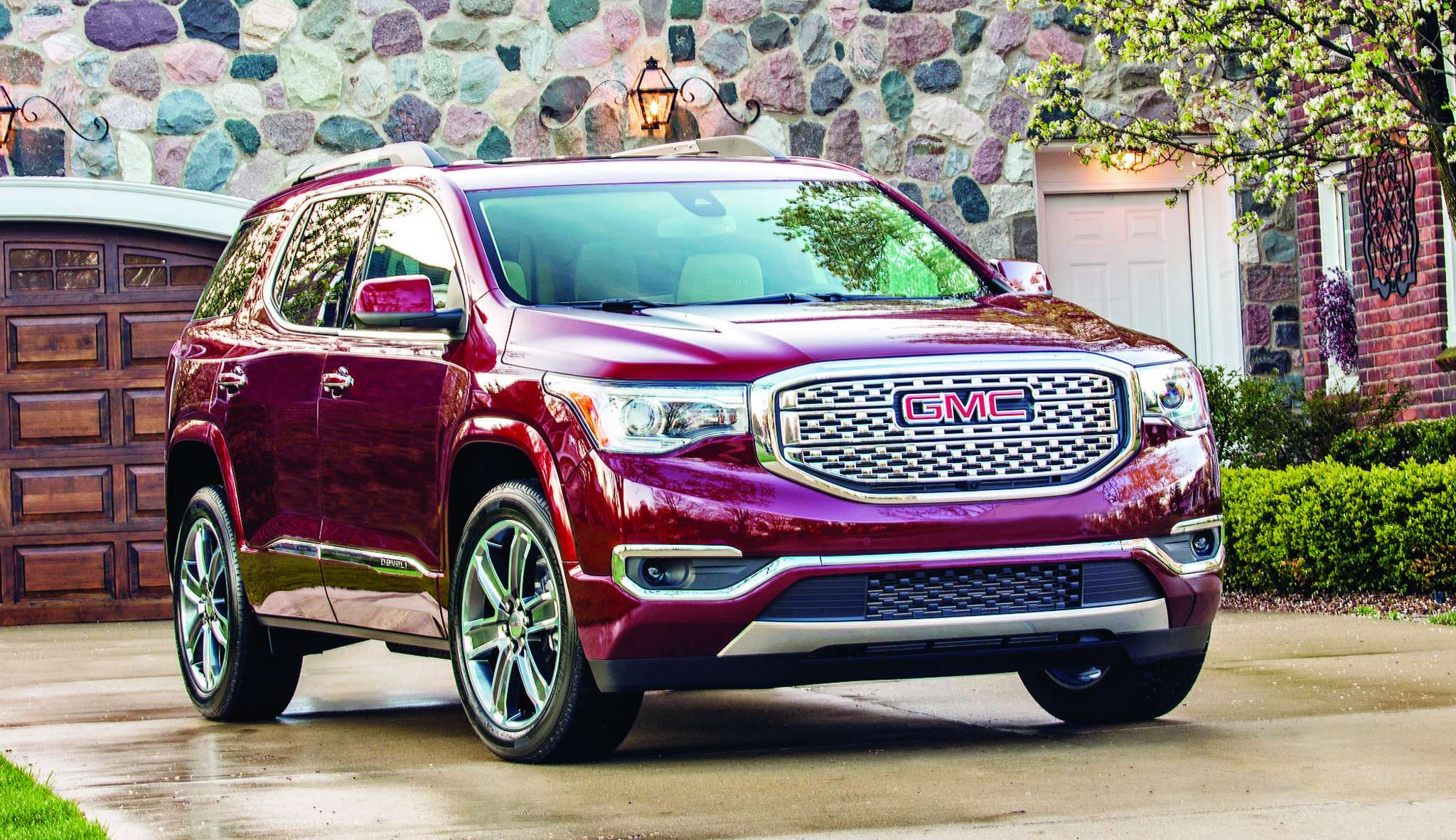 The 2017 GMC Acadia Denali was lightened and redesigned for the new model year. Its 700-pound reduction improved its fuel economy.