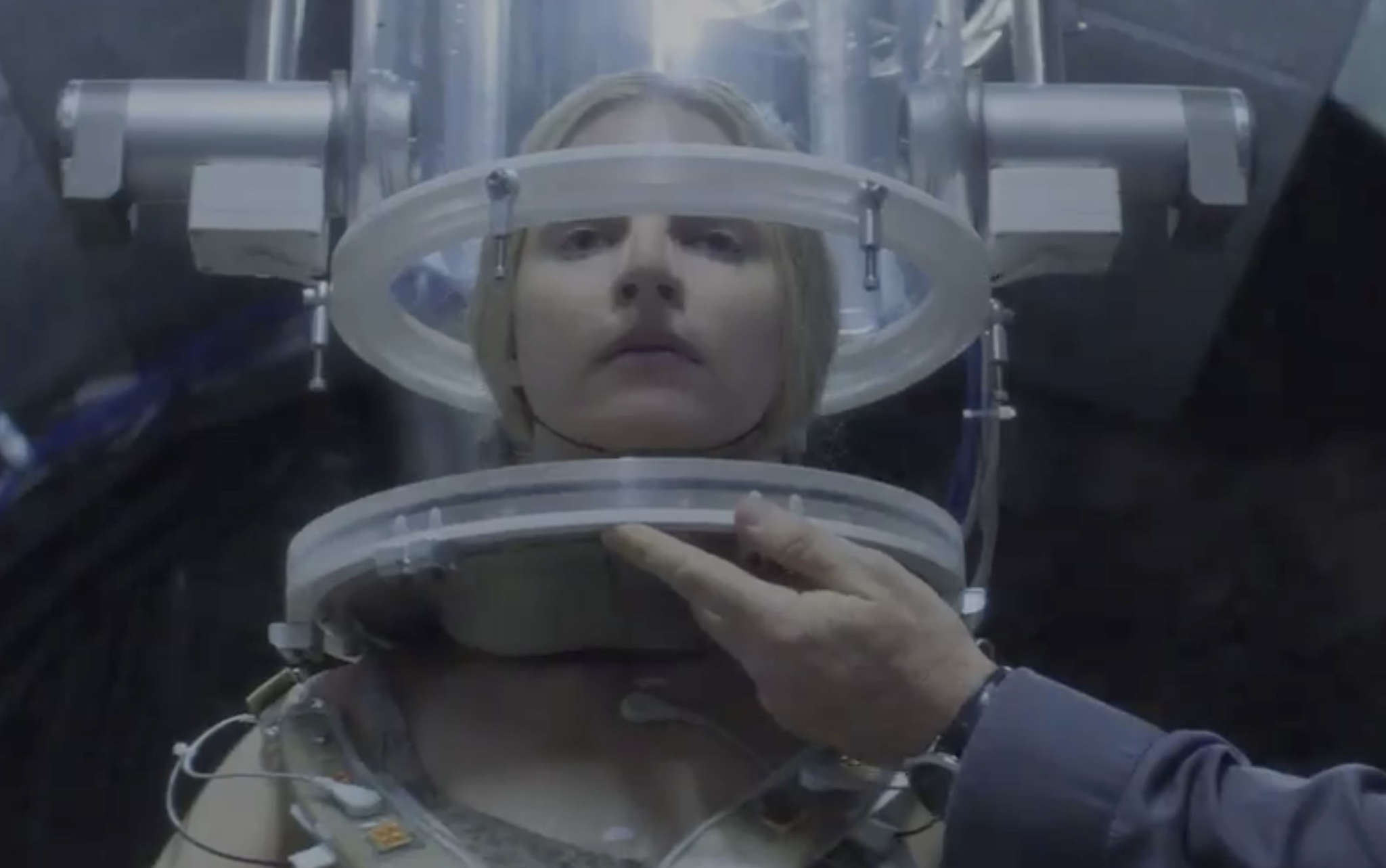 "Netflix´s ""The OA,"" in eight installments, starts with a young blind woman´s mysterious comeback."