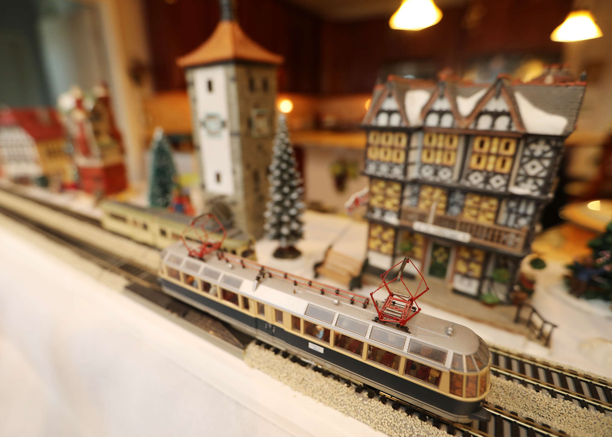 Mike Russo´s favorite display, a consolidated Christmas version of a model train and European village, has replicas of actual structures that the pair have seen while traveling.