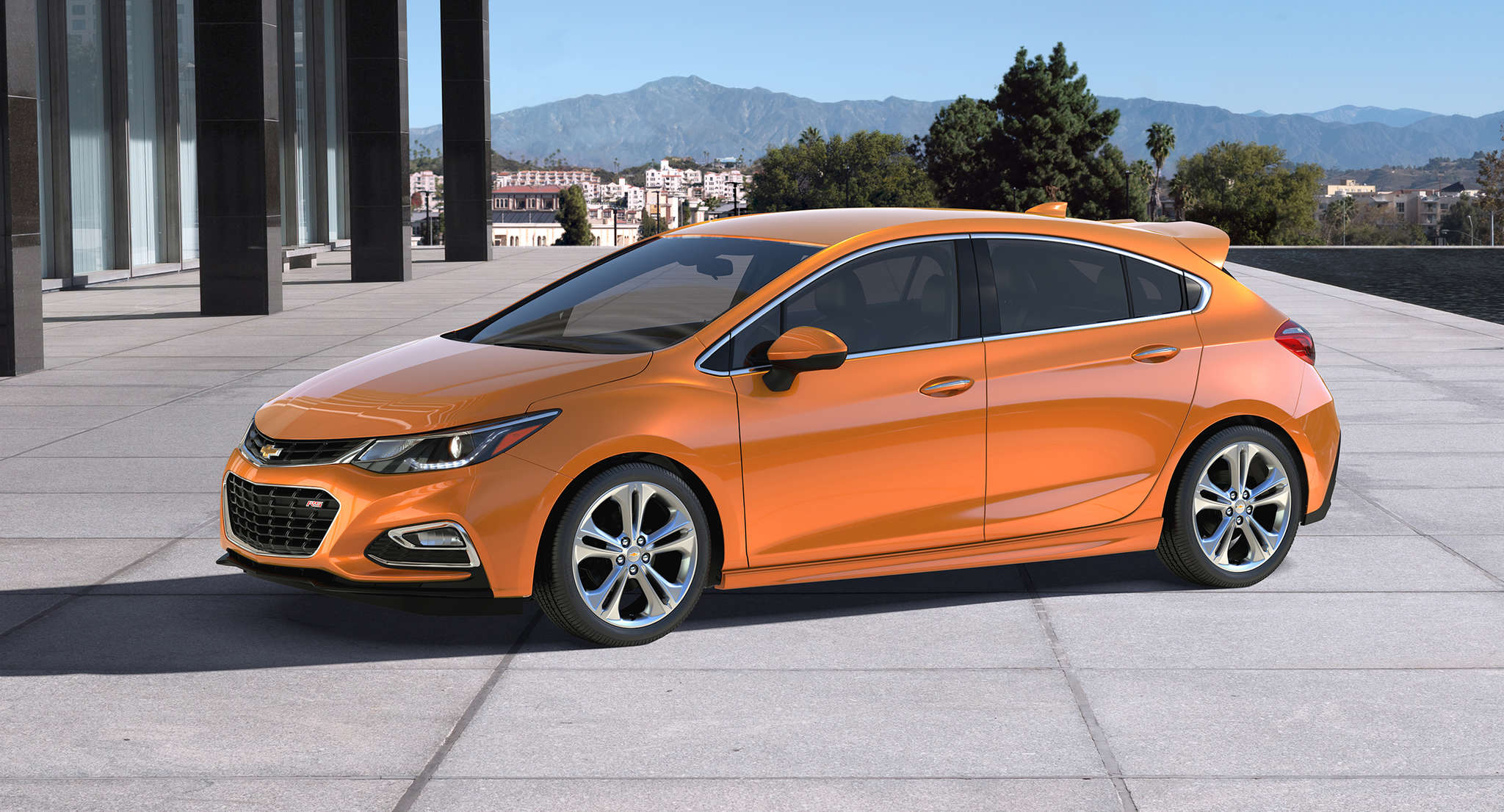 The 2017 Chevrolet Cruze Hatch, made south of the border, is a looker, but will a non-hatchback crowd in the U.S. be won over?