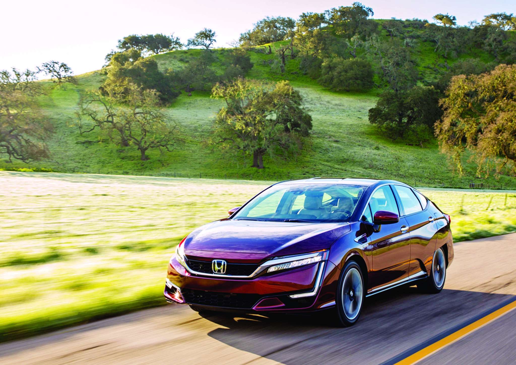 The 2017 Honda Clarity: In normal mode, steady and sedate; in Sport mode, energized and engaging.