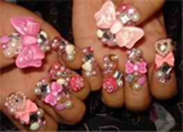 These 3-D Nails are courtesy of Northern Liberties beauty spot, Spa East. What do you think?
