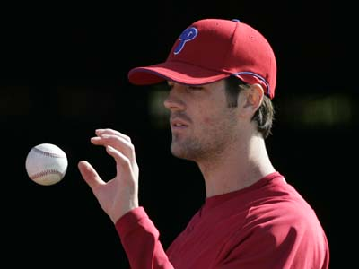 Cole Hamels returned to Philly from Clearwater after experiencing tightness in his pitching elbow. The injury is to be evaluated by the team´s doctor today. (Eric Mencher / Staff Photographer)