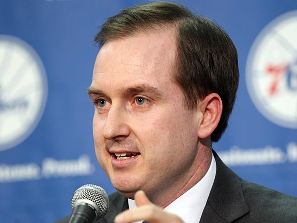 Sixers new president of basketball operations and General Manager Sam<br />Hinkie gestures during a introduction to the local media at the<br />Philadelphia College of Osteopathic Medicine gym on Tuesday, May 14,<br />2013.  ( Yong Kim / Staff Photographer )<br /><br />