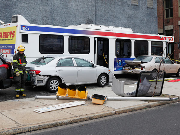 The scene of a SEPTA bus crash on 11th Street near Vine Street on Friday, April 4, 2014. ( MICHAEL S. WIRTZ / Staff Photographer )