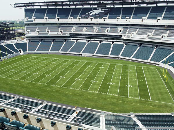 This is a view of Philadelphia´s new Lincoln Financial Field on Thursday, June 12, 2003. (H. Rumph, Jr./AP)