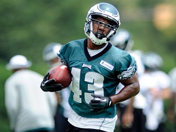 Philadelphia Eagles&acute; Darren Sproles runs a pattern during NFL football<br />training camp on Sunday, July 27, 2014, in Philadelphia. (AP<br />Photo/Michael Perez)