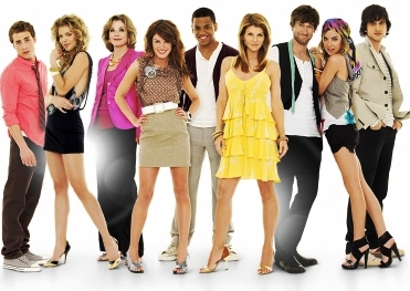 90210 cast dating in real life