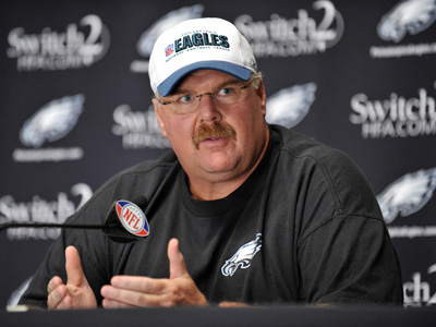 &quot;He has a sore back. Its been recurring,&quot; Andy Reid said today about Shawn Andrews. &quot;It&acute;s that simple ... He&acute;s not able to function right now.&quot;       (AP Photo/Barbara Johnston)<br />