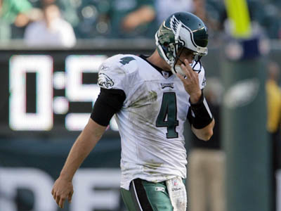 Kevin Kolb threw two touchdowns and three interceptions in the Eagles´ loss to the Saints Sunday. (Yong Kim / Staff Photographer)