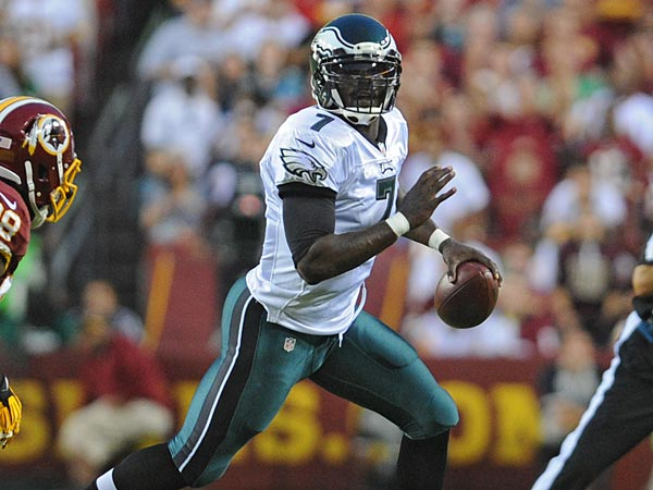 Eagles quarterback Michael Vick. (Clem Murray/Staff Photographer)